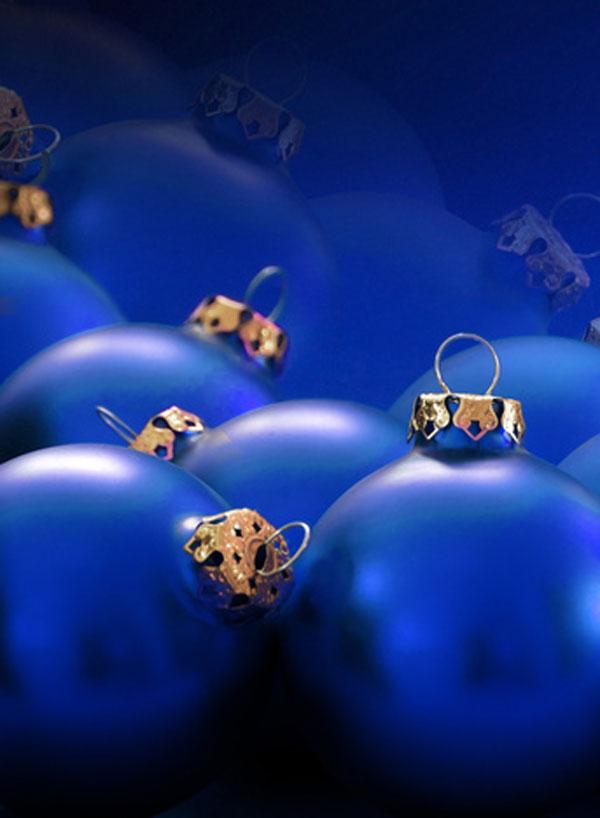 Blaue Christbaumkugeln